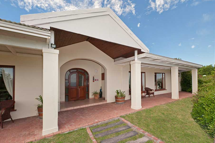 accommodation_stanford_Cottage-2